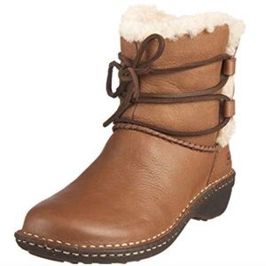 UGG Brown Caspia Leather Lace Up WInter Boots